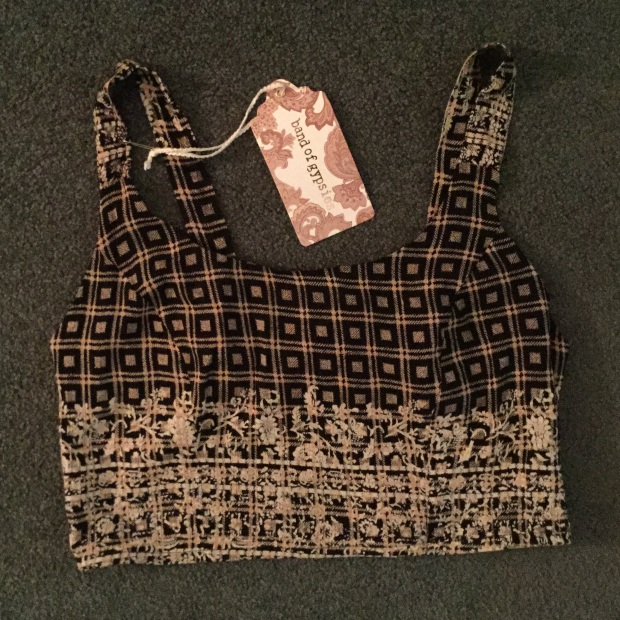 crop top mixed print cream and black