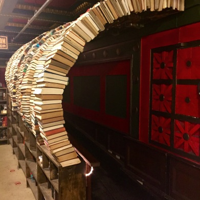 Curved book hall