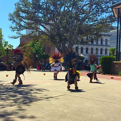 Aztec dancers