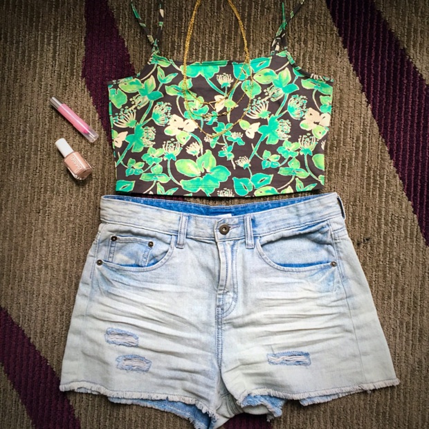 Crop Top High Wasted Shorts